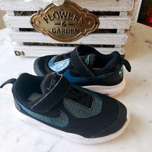 Nike Air Max Oketo Sneaker black&blue toddler sz 9